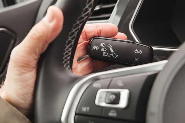 Welche Lichter Gibt Es Am Auto Und Wann Mussen Sie Sie Einschalten